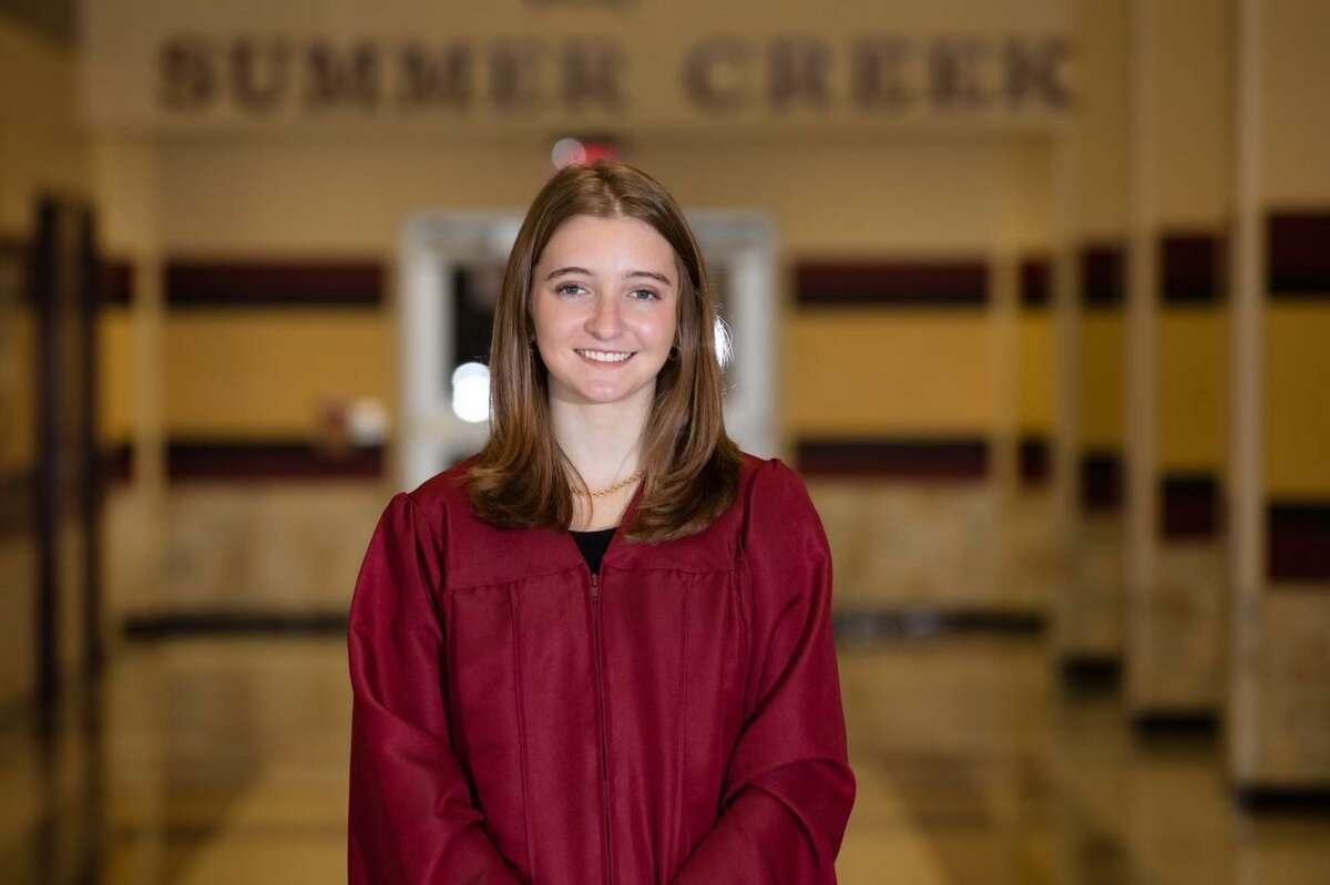 BreAnna McDonald is the Summer Creek valedictorian for the 2021 Bulldogs class. Her father, Brent McDonald, is the principal at Summer Creek.