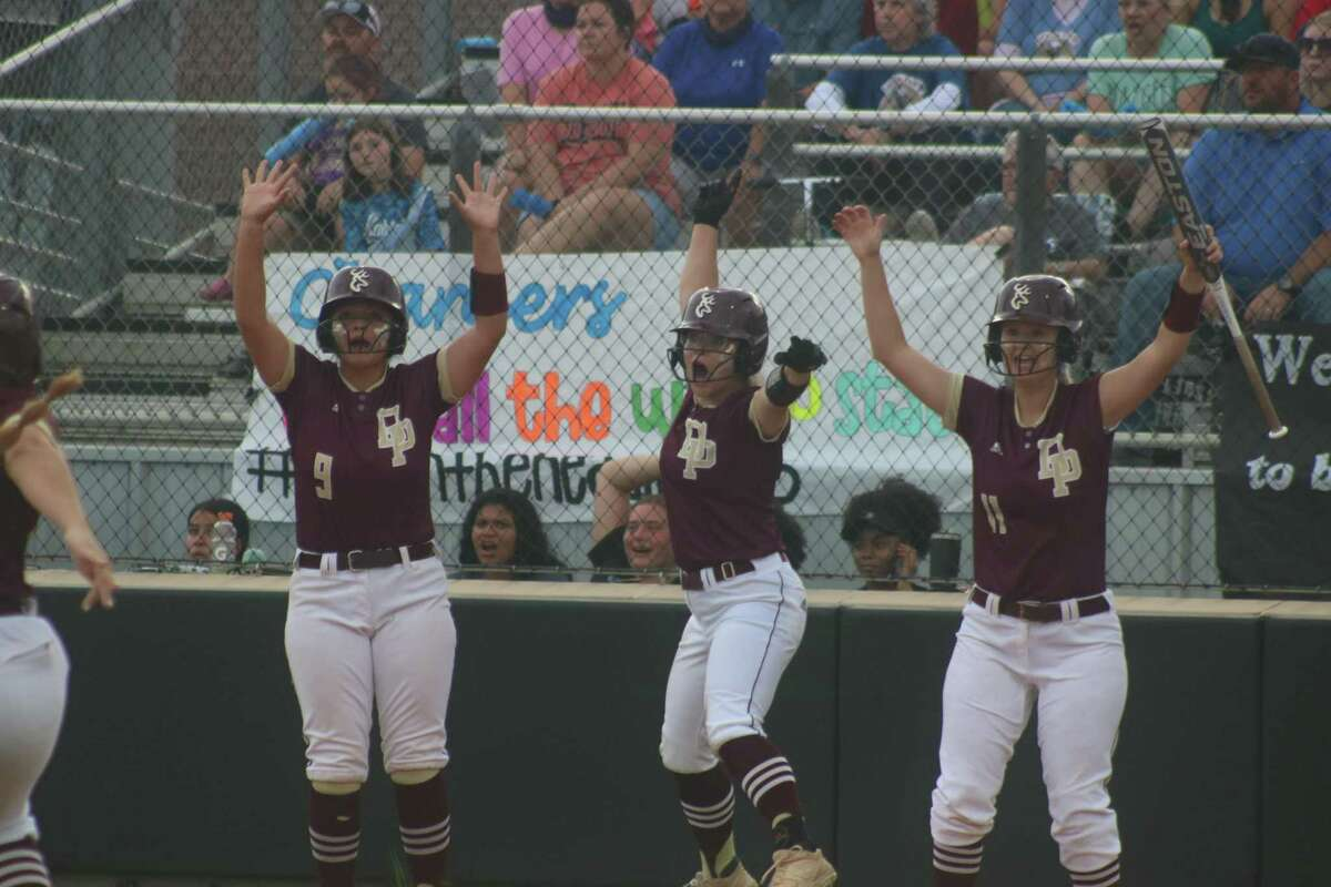 Bryanna Fuentes (9), Tabby Bailey and Haley Wilkerson react to Addison Lehew's huge first-inning basehit that immediately gave Deer Park a 3-0 lead.