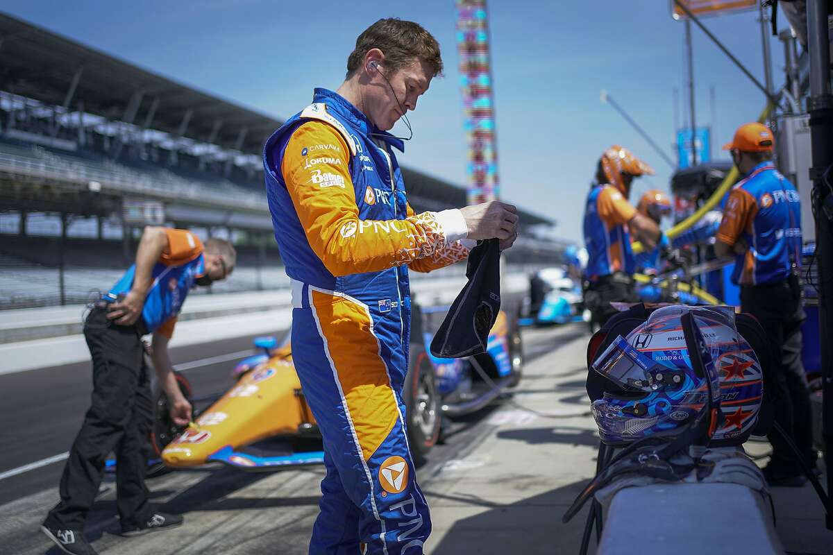 Scott Dixon will start from the pole position when the Indianapolis 500 begins at 9:30 a.m. Sunday. ()
