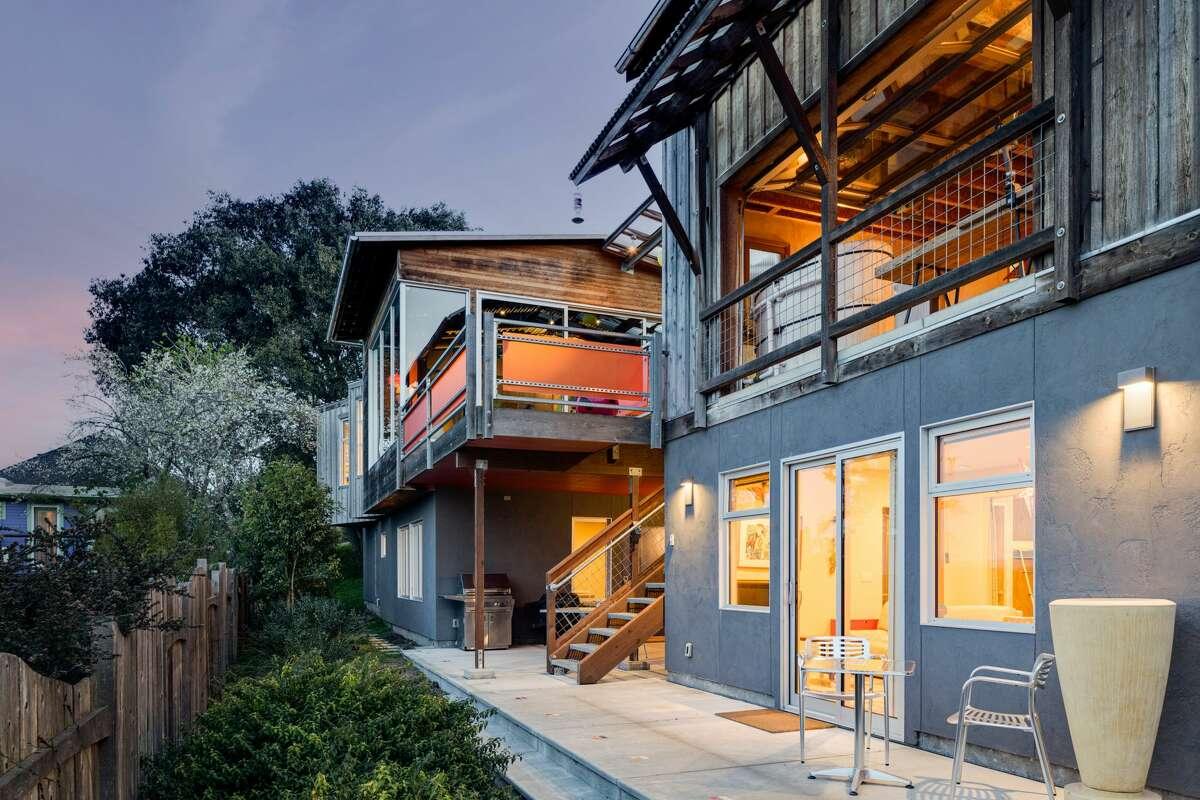 The 'MIJI House' in Petaluma