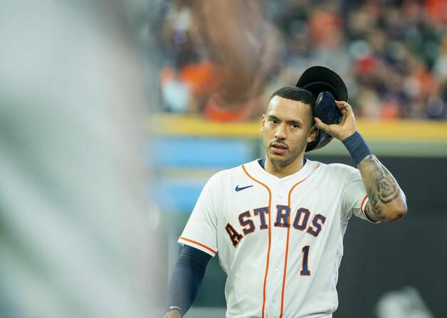 Houston Astros shortstop Carlos Correa (1) reacts after being left stranded on second base to end the second inning during an MLB game between the Houston Astros and San Diego Padres on Saturday, May 29, 2021, at Minute Maid Park in Houston. Photo: Mark Mulligan/Staff Photographer / © 2021 Mark Mulligan / Houston Chronicle