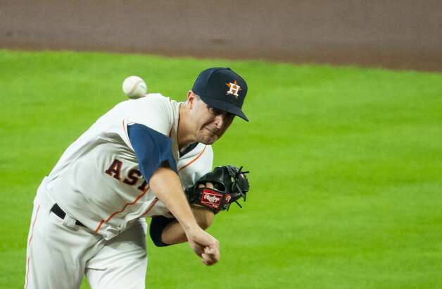 Houston Astros starting pitcher Jake Odorizzi (17) pitches during the first inning of an MLB game between the Houston Astros and San Diego Padres on Saturday, May 29, 2021, at Minute Maid Park in Houston. Photo: Mark Mulligan/Staff Photographer / © 2021 Mark Mulligan / Houston Chronicle