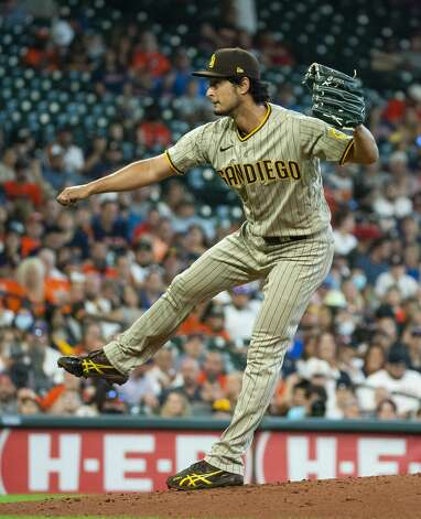San Diego Padres starting pitcher Yu Darvish (11) pitches during the first inning of an MLB game between the Houston Astros and San Diego Padres on Saturday, May 29, 2021, at Minute Maid Park in Houston. Photo: Mark Mulligan/Staff Photographer / © 2021 Mark Mulligan / Houston Chronicle