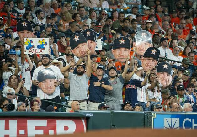 Fans cheer for Houston Astros third baseman Alex Bregman (2) during the first inning of an MLB game between the Houston Astros and San Diego Padres on Saturday, May 29, 2021, at Minute Maid Park in Houston. Photo: Mark Mulligan/Staff Photographer / © 2021 Mark Mulligan / Houston Chronicle
