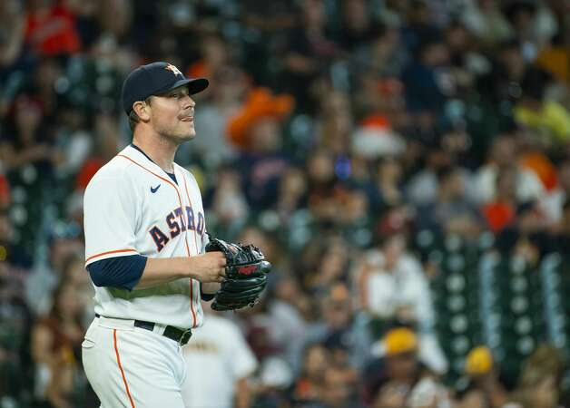 Houston Astros relief pitcher Joe Smith (38) reacts after allowing a run during the eighth inning of an MLB game between the Houston Astros and San Diego Padres on Saturday, May 29, 2021, at Minute Maid Park in Houston. Photo: Mark Mulligan/Staff Photographer / © 2021 Mark Mulligan / Houston Chronicle