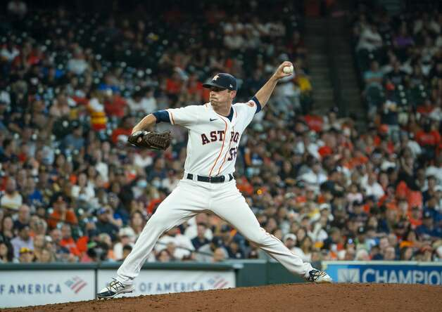Houston Astros relief pitcher Brooks Raley (58) pitches during the sixth inning of an MLB game between the Houston Astros and San Diego Padres on Saturday, May 29, 2021, at Minute Maid Park in Houston. Photo: Mark Mulligan/Staff Photographer / © 2021 Mark Mulligan / Houston Chronicle
