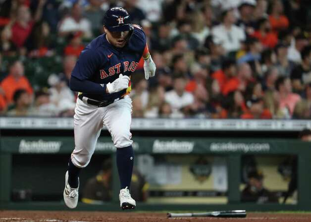 Houston Astros first baseman Aledmys Diaz (16) hits an RBI single off San Diego Padres starting pitcher Blake Snell during the third inning of a major league baseball game Sunday, May 30, 2021, at Minute Maid Park in Houston. Photo: Brett Coomer, Staff Photographer / © 2021 Houston Chronicle