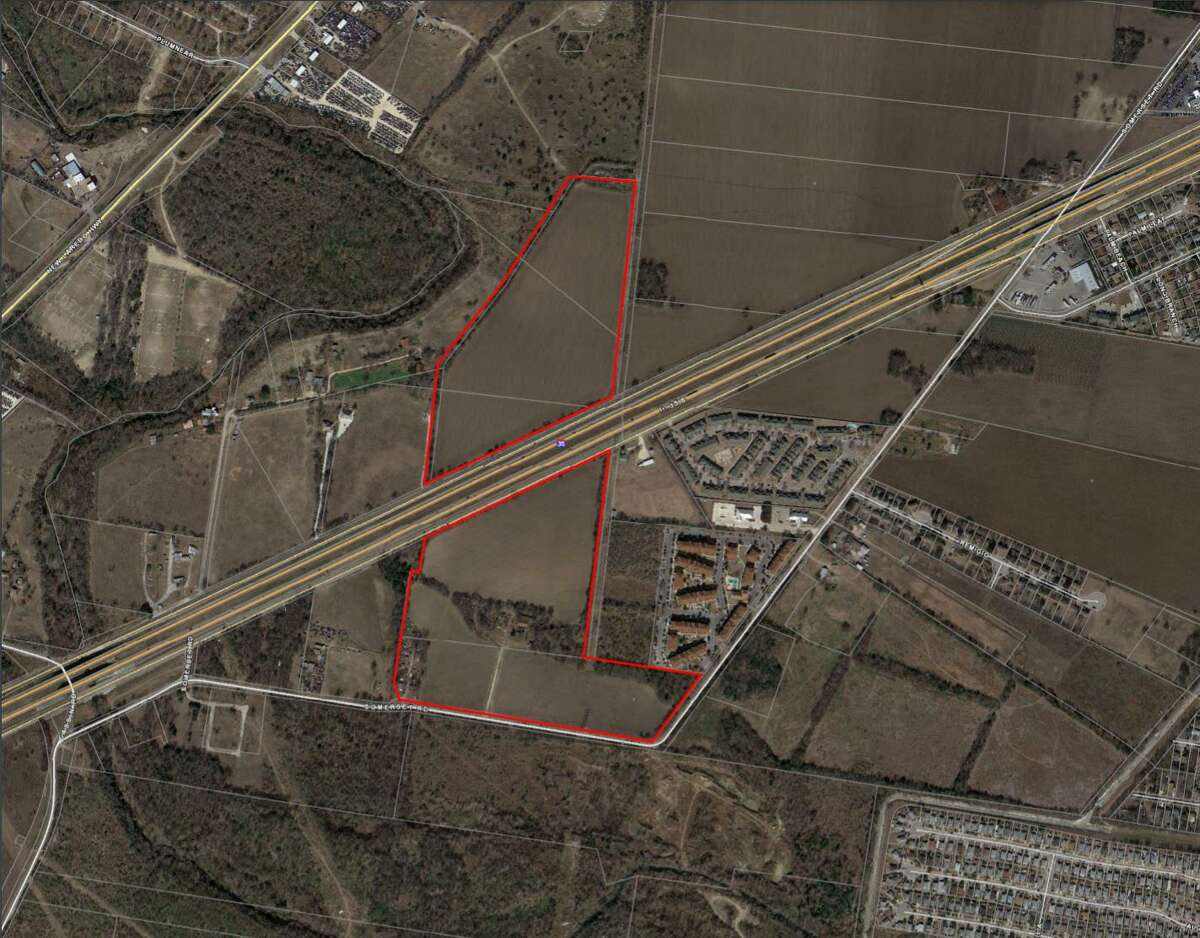Lennar Corp. wants to build a subdivision at 9400 Somerset Road and across Interstate Highway 35.