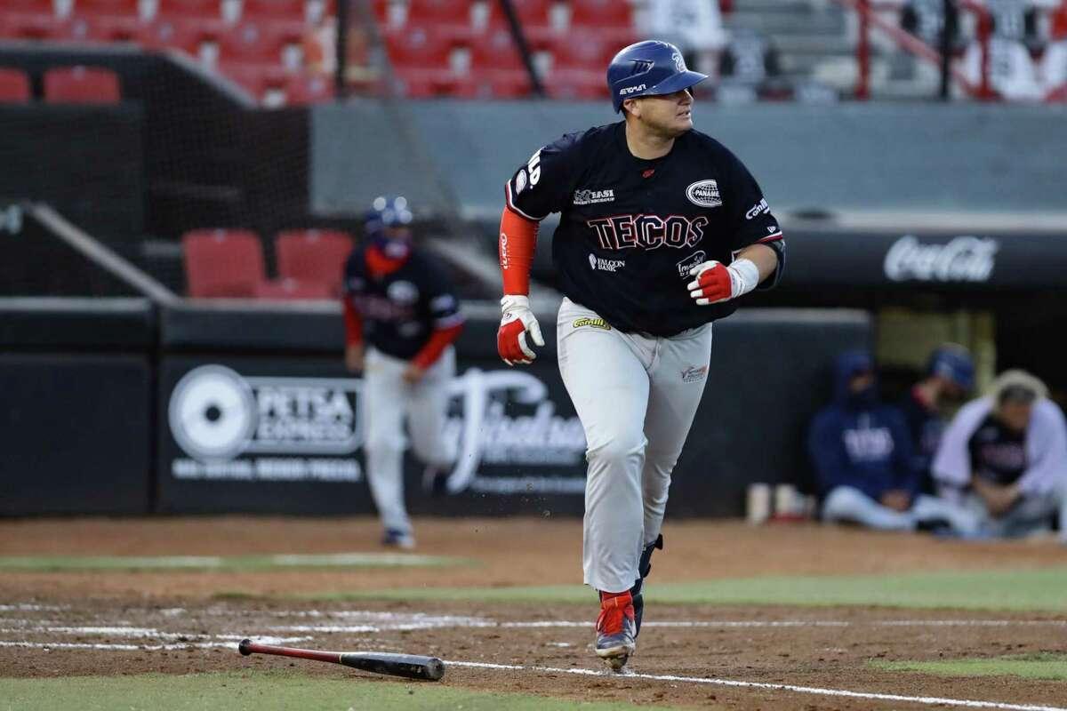 Balbino Fuenmayor and the Tecolotes Dos Laredos defeated the Toros de Tijuana 6-3 on Sunday.