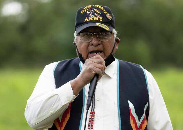 Tribal Elder, Rolan Poncho of the Alabama-Coushatta Reservation gives a speech during the 4th Annual Memorial Day Celebration at the Sweet Rest Cemetery, Monday, May 31, 2021, in Tamina. The cemetery was officially designated as a historical area after a nine-month long process led by the The Tamina Cemetery and Community Project CDC. Photo: Gustavo Huerta, Houston Chronicle / Staff Photographer / Houston Chronicle © 2021