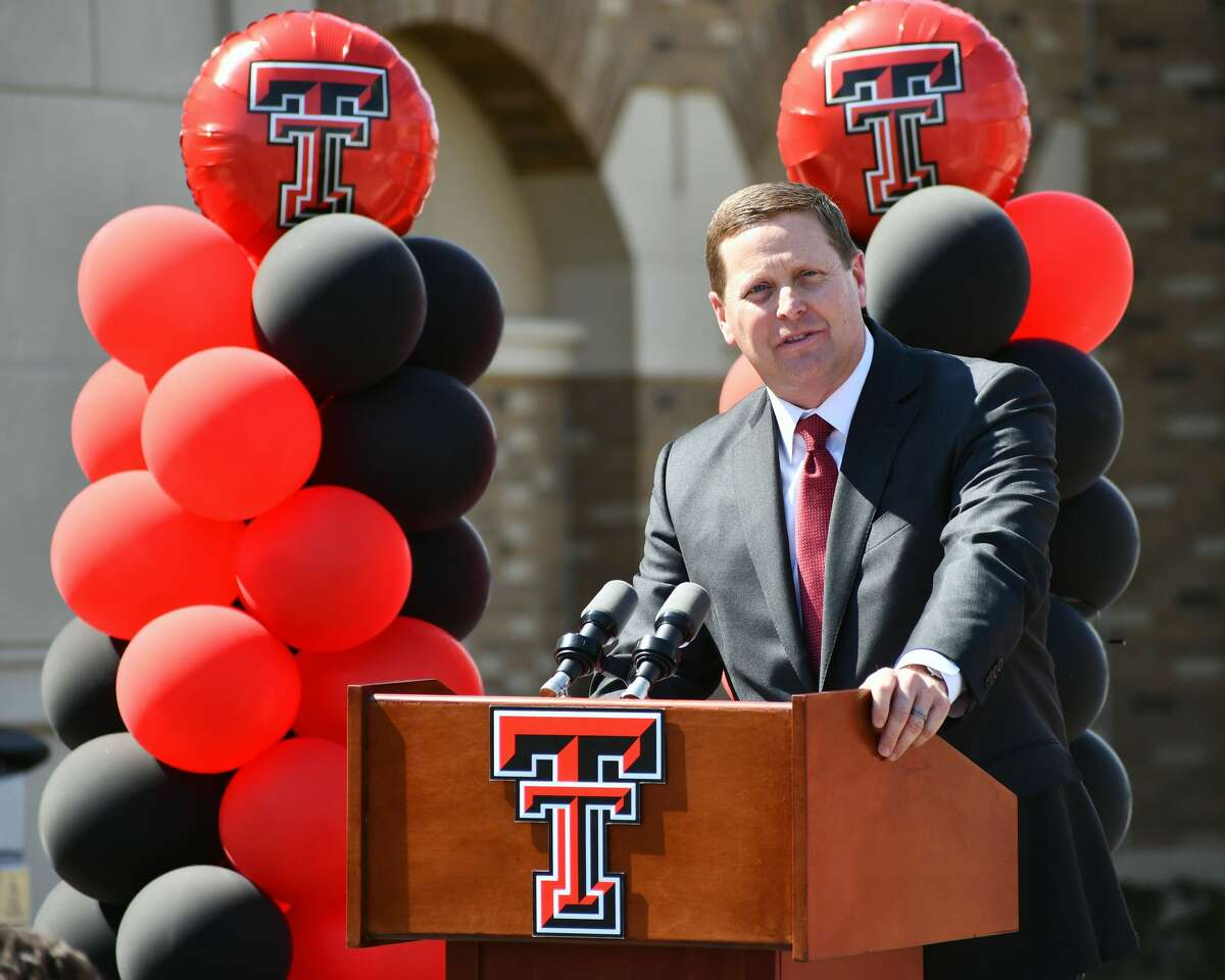 Texas Tech Director of Athletics Kirby Hocutt addresses the crowd at the ribbon cutting for the Dustin R. Womble Basketball Center on May 13 at Lubbock.