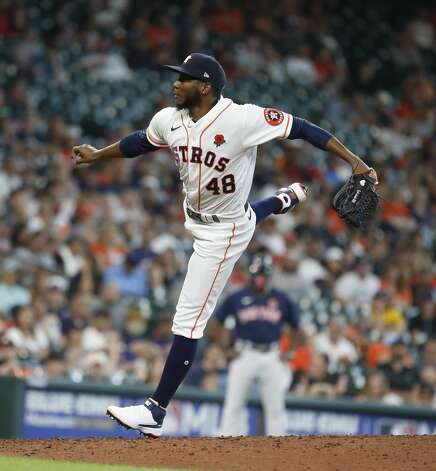 Houston Astros starting pitcher Enoli Paredes (48) pitches during the seventh inning of an MLB baseball game at Minute Maid Park, Monday, May 31, 2021, in Houston. Photo: Karen Warren/Staff Photographer / @2021 Houston Chronicle
