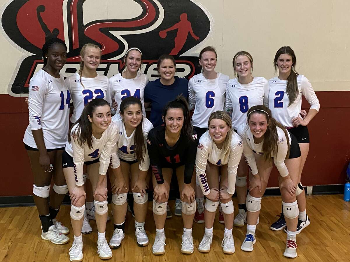 The Texas 432 17s team has qualified for the USA Volleyball Junior National Championship Tournament, June 30-July 4 in Las Vegas, Nevada. Pictured on the top row (left to right) are Loredana Fuounji, Avery Moore, Kate Crunk, coach Callie Stewart, Edie Coleman, Callie McCright, and KyleeWhisman. Pictured on the bottom row (left to right) are Emma Sanz, Yanilis Flores, Sydney Leavitt, Haley Robinson, and Grace Coco.
