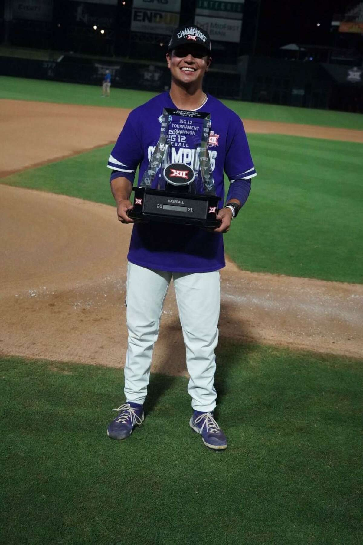 Marcelo Perez and TCU won the Big 12 title on Sunday with a 10-7 victory over Oklahoma State.