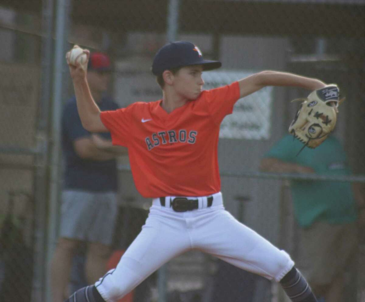 Astros hurler Drew Helmle works on his two-hit shutout Monday night in leading his teammates to Bayside Area Little League's city championship.