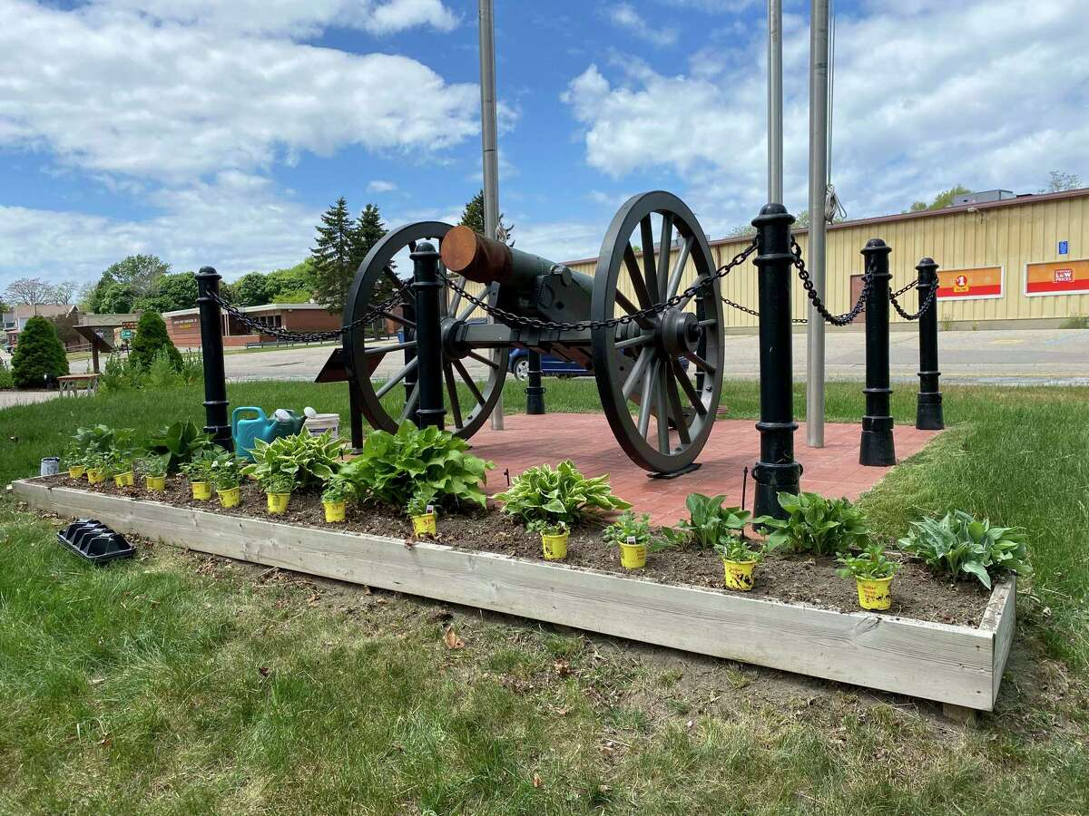 The Spirit of the Woods Garden Club, Inc.tended the flower beds at Veterans Memorial Park in Manistee, planting red, white and blue petunias.(Courtesy photo)