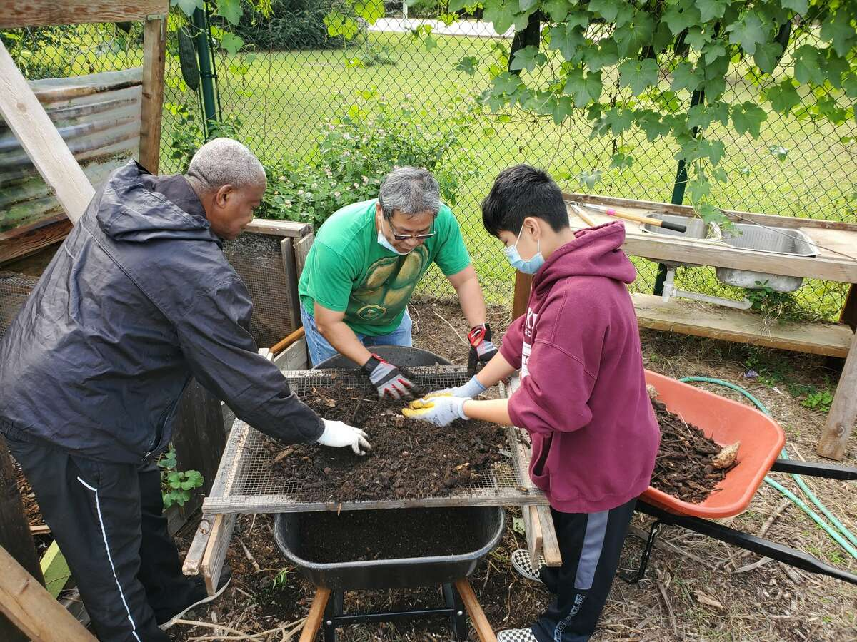 Volunteers keep community gardens like Lettuce Live up and coming.