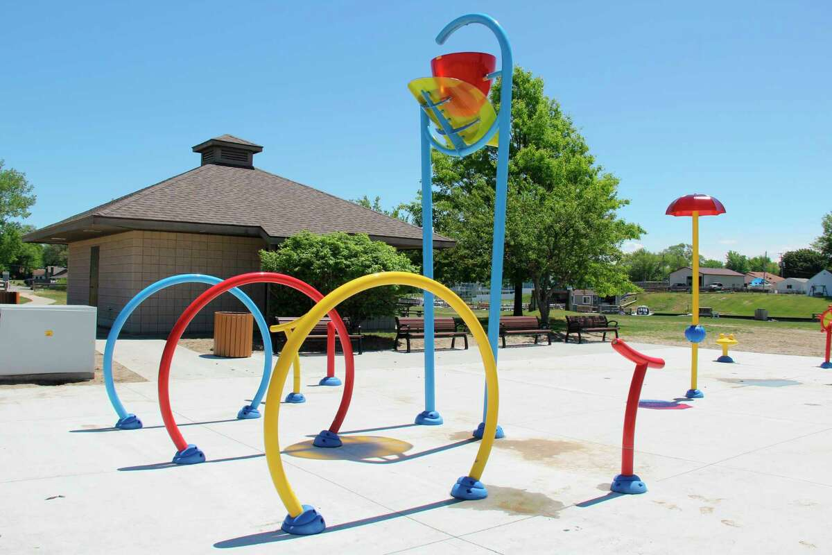 More of the features at the Port Austin splash pad, including a bucket that dumps water from overhead. (Robert Creenan/Huron Daily Tribune)