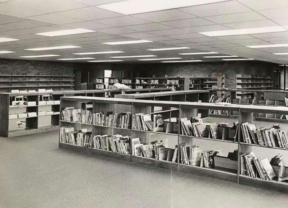 The library at Woodcrest Elementary School. September 1970