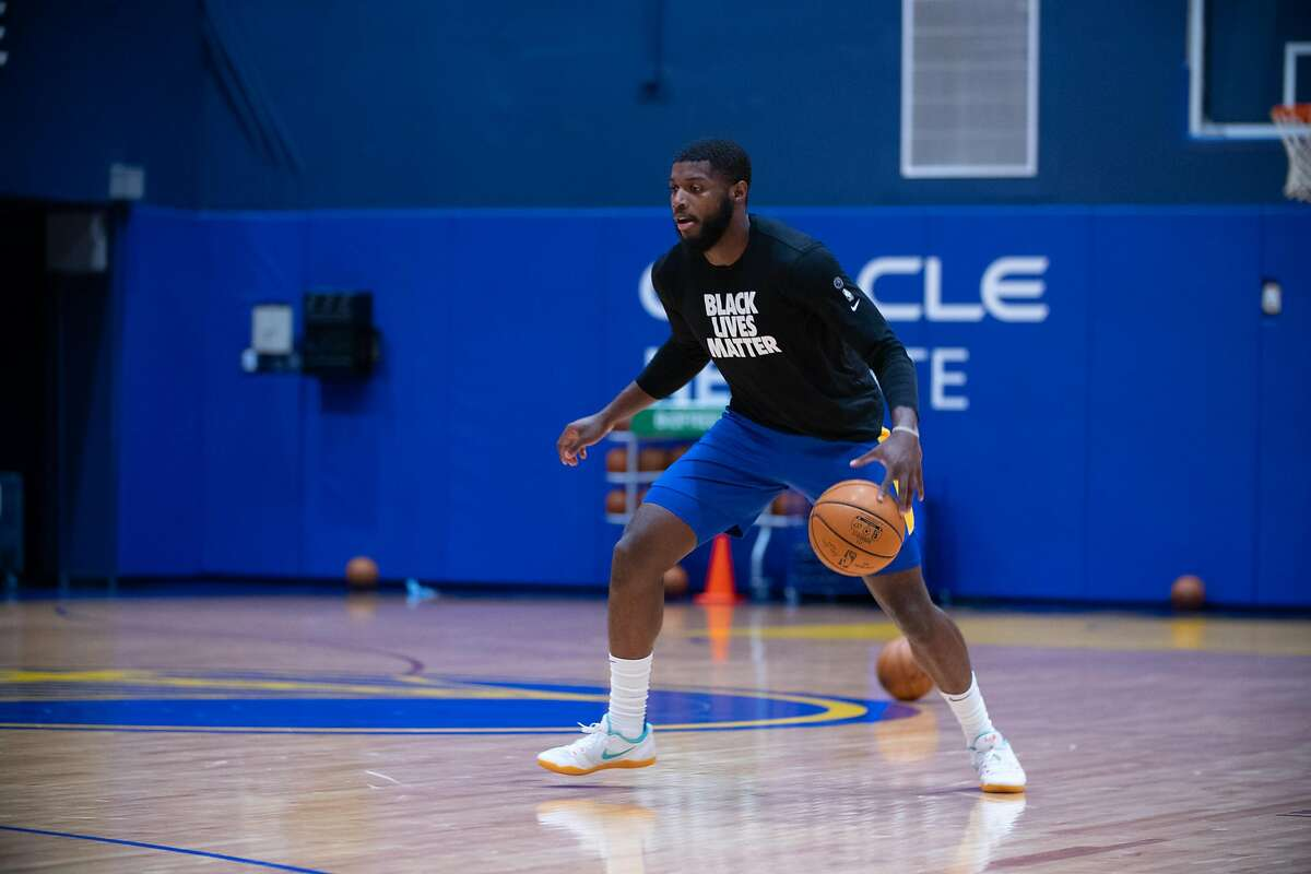 Golden State Warriors Forward Eric Paschall during individual workouts at Chase Center on December 4, 2020.