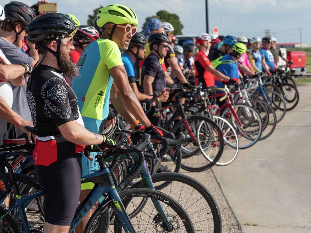 Riders line up for pictures 06/01/2021 before the Permian Basin Ride of Silence. Tim Fischer/Reporter-Telegram