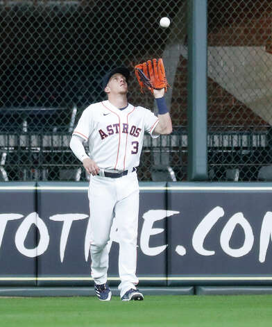 Houston Astros center fielder Myles Straw (3) catches Boston Red Sox Enrique Hernandez's fly out during the first inning of an MLB baseball game at Minute Maid Park, Tuesday, June 1, 2021, in Houston. Photo: Karen Warren/Staff Photographer / @2021 Houston Chronicle