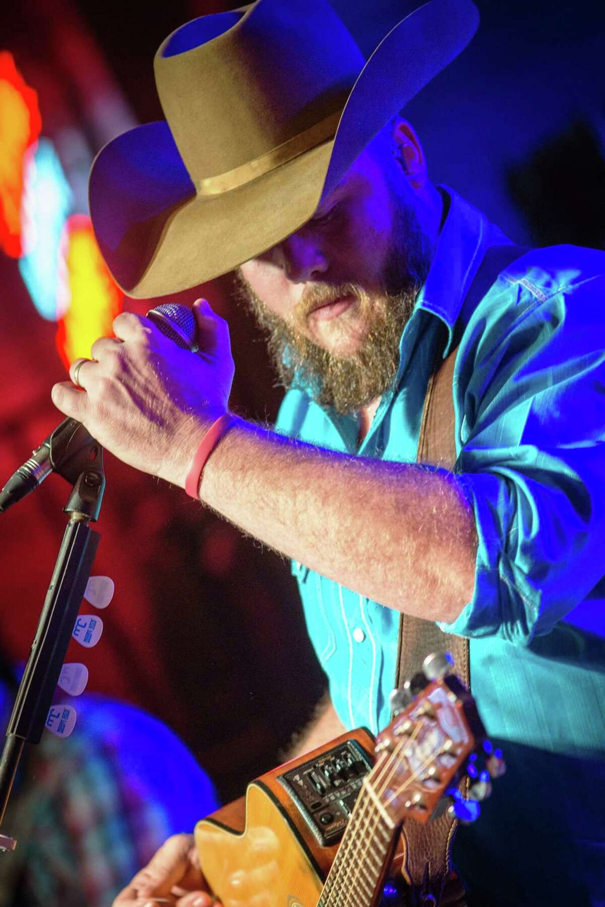 Texas singer-songwriter Josh Ward will perform June 5 at Sawyer Park Icehouse in Spring.