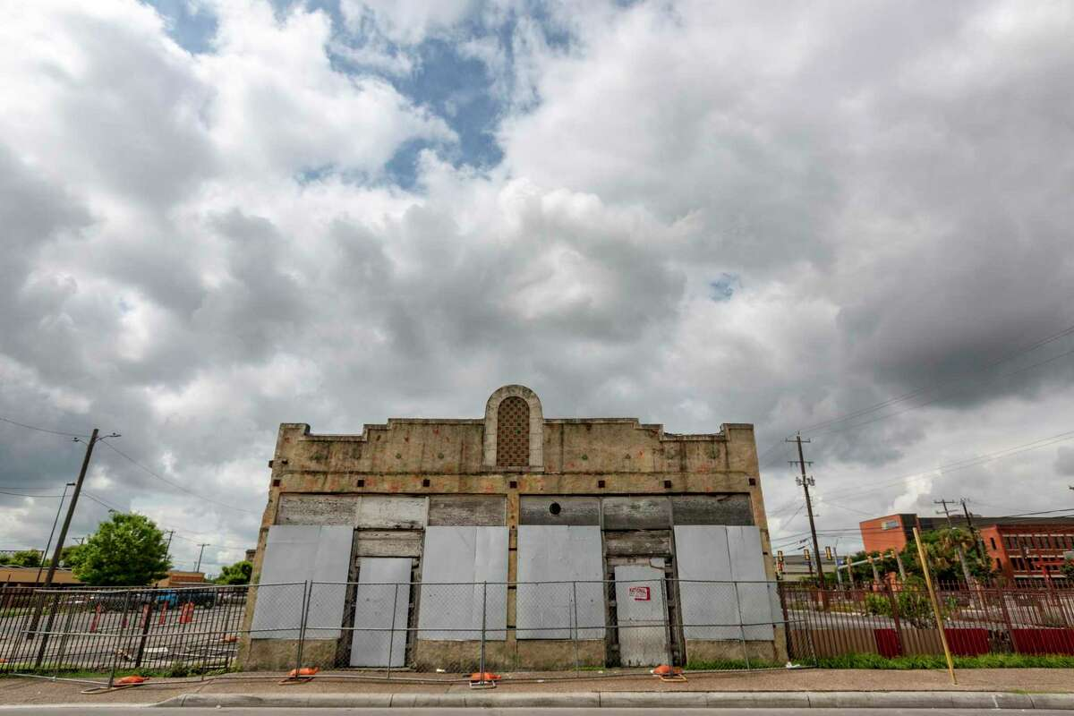 The Lim family purchased the Whitt Printing Co. building in the 1980s, their attorney said.