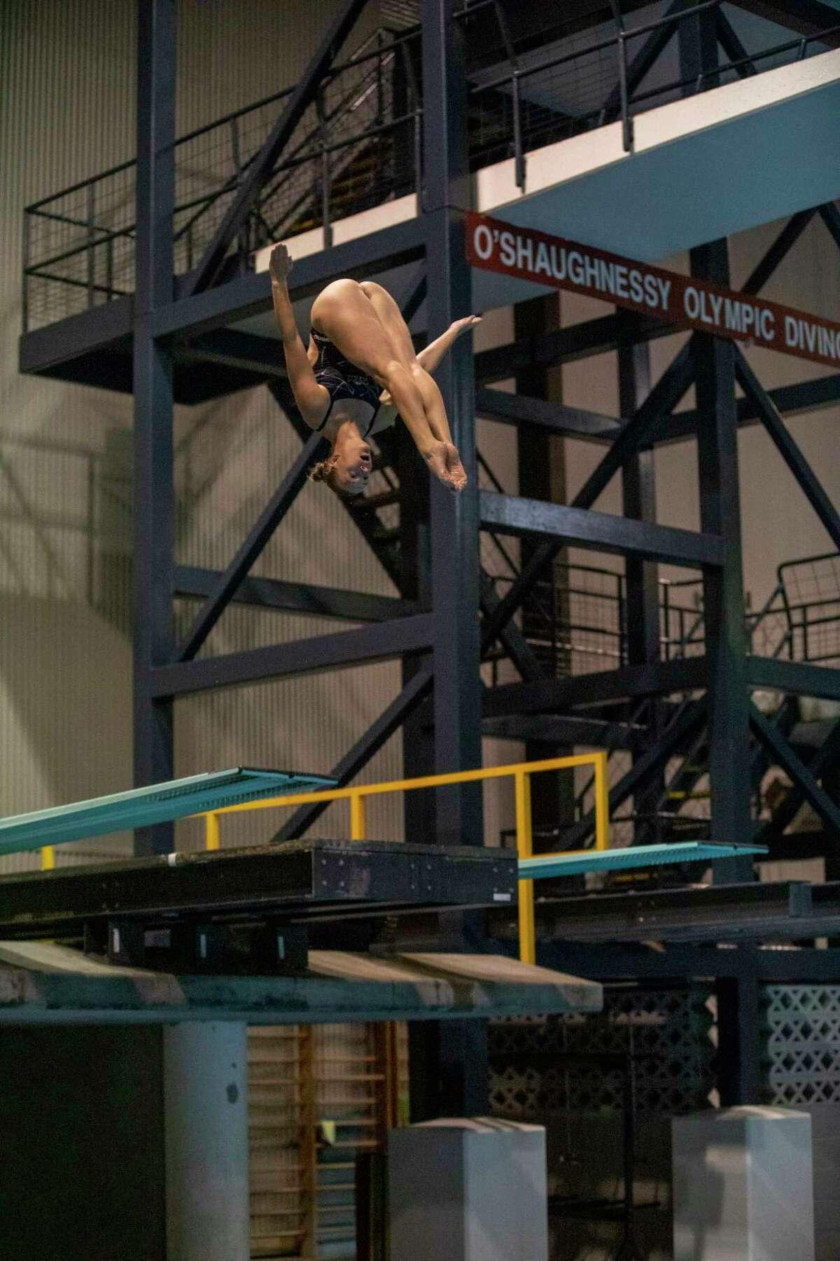 Olympic hopeful Samantha Pickens performs dives Wednesday, June 2, 2021 at COM Aquatics. Jacy Lewis/Reporter-Telegram