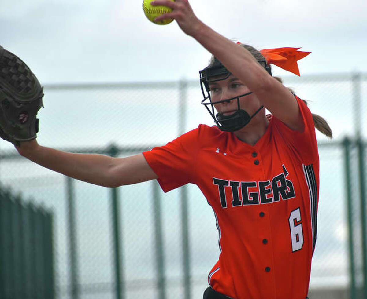 Edwardsville starting pitcher Ryleigh Owens fires a pitch to a Granite City hitter during the first inning.