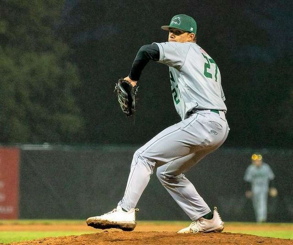 Alton River Dragons starting pitcher took the defeat in Wednesday night's 9-5 loss to the Burlington Bees in Prospect League action at Lloyd Hopkins Field.