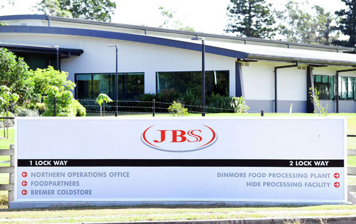 Thousands of Australian meat workers had no work for a second day after a cyberattack crippled the world's largest meat processing company, JBS.