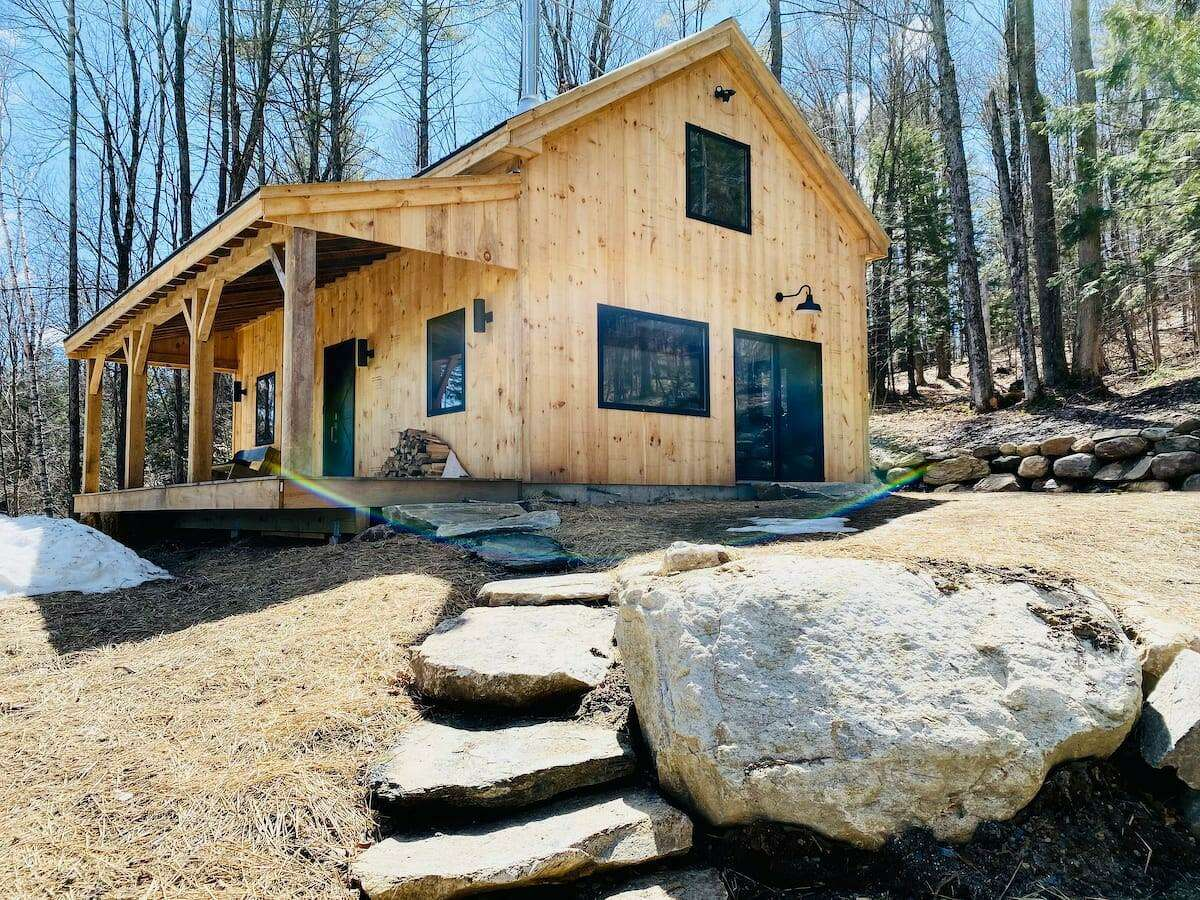 Fairfield-based J&MConstructon & Son takes viewers through the ideation, design and building process on a smart timber cabin June 1, 2021 on the DIY Network series