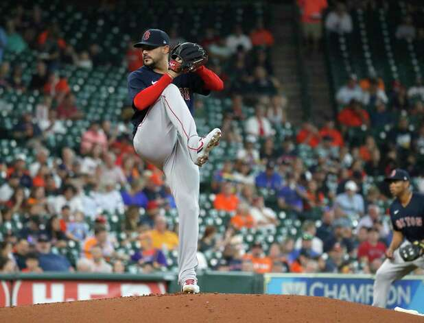 Boston Red Sox starting pitcher Martin Perez (54) pitches during the first inning of an MLB baseball game at Minute Maid Park, Thursday, June 3, 2021, in Houston. Photo: Karen Warren, Staff Photographer / @2021 Houston Chronicle