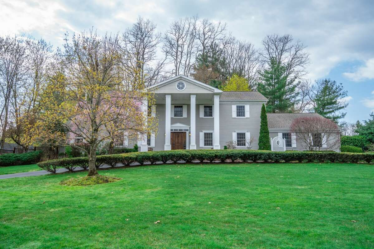 This week's house is a traditional Colonial-style home with a collonade. Built in 1989, it has 4,926 finished square feet, four bedrooms and three and a half bathrooms. The house, in the Avon Crest North development, is on three-quarters of an acre. Highlights include a sunny kitchen-sitting room combo at the back of the house; a formal living room and dining room as well as a library and large, fenced and landscaped backyard. Niskayuna schools. Taxes: $16,325. List price: $724,900. Contact listing agent Frances Callahan of Berkshire Hathaway Home Services Blake at 518-265-9295. https://realestate.timesunion.com/listings/1020-Shannon-Blvd-Niskayuna-NY-12309-MLS-202116713/51886809