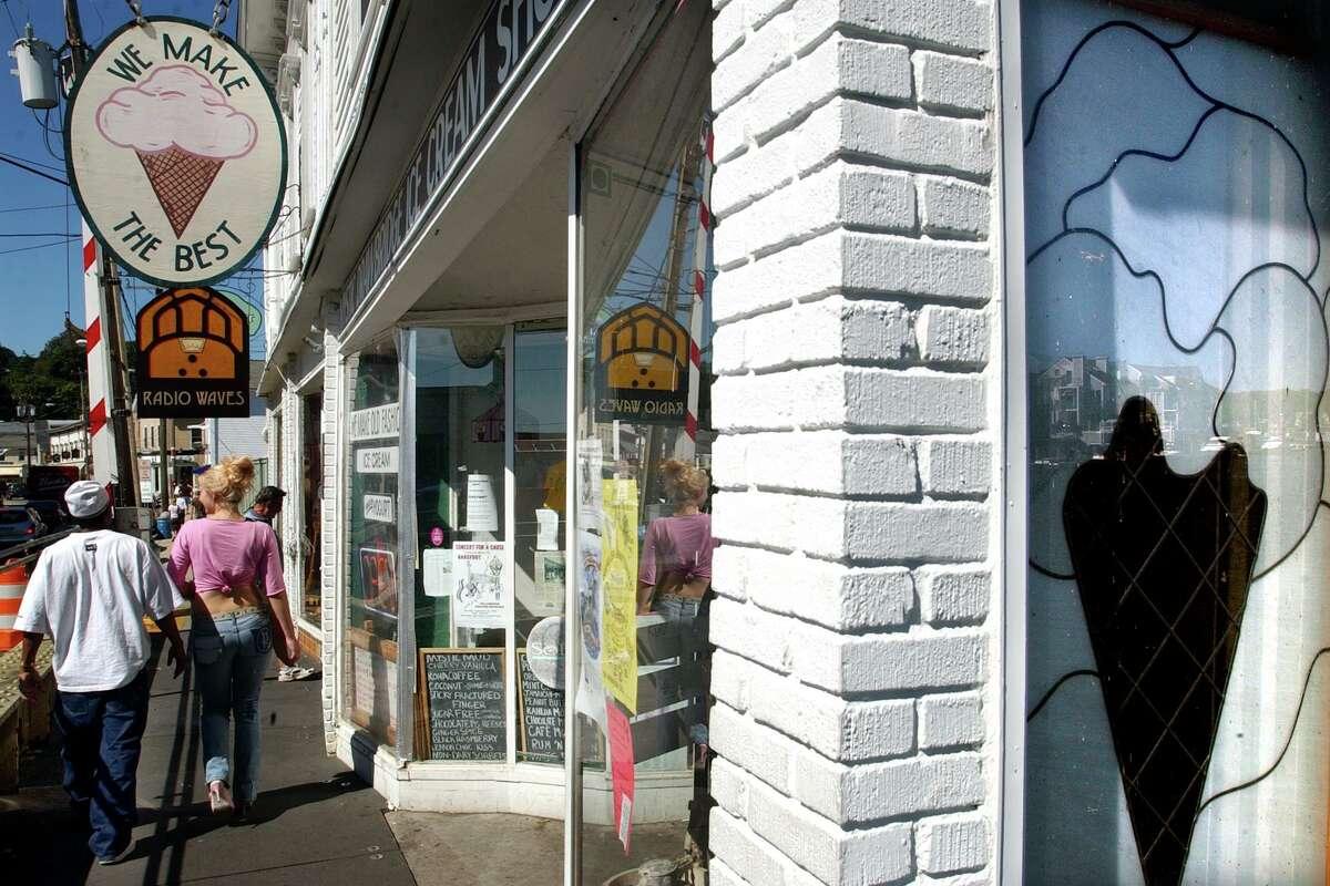 The Drawbridge Ice Cream Shoppe on West Main St. in Mystic, CT.