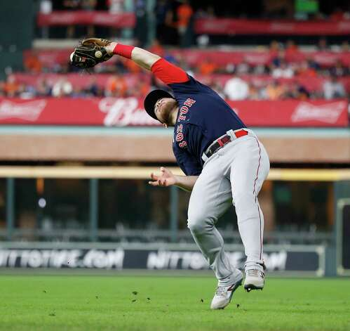 Boston Red Sox second baseman Christian Arroyo (39) catches Houston Astros Alex Bregman's pop out during the fourth inning of an MLB baseball game at Minute Maid Park, Thursday, June 3, 2021, in Houston. Photo: Karen Warren, Staff Photographer / @2021 Houston Chronicle