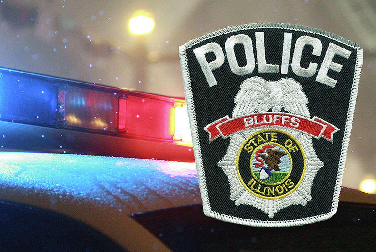 Bluffs Chief of Police Bob Smith has stepped down, saying he didn't feel he could contribute enough hours to the job or perform it to his own satisfaction.