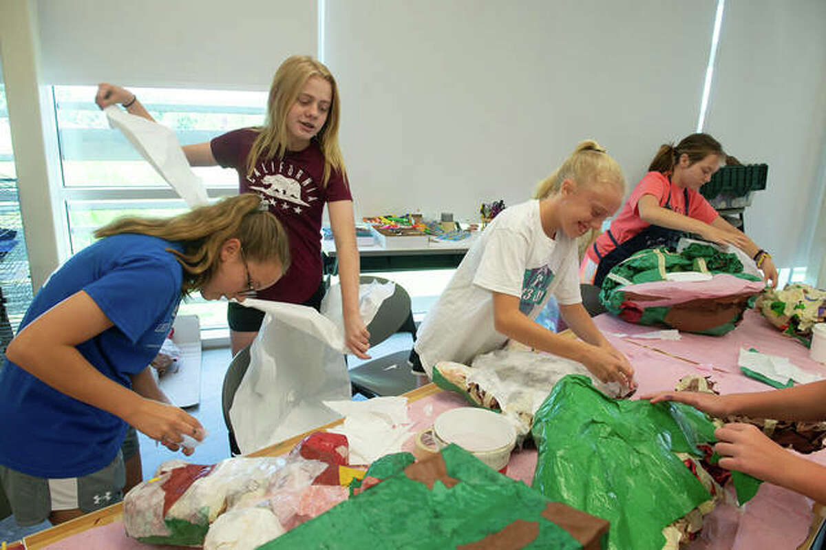 Students work on a project during the SIUE Summer Arts Camp in June 2019.