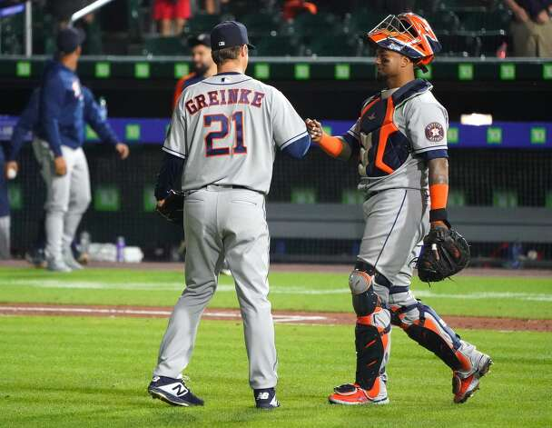 BUFFALO, NY - JUNE 4: Martin Maldonado #15 of the Houston Astros congratulates Zack Greinke #21 after beating the against the Toronto Blue Jays at Sahlen Field on June 4, 2021 in Buffalo, New York. (Photo by Kevin Hoffman/Getty Images) Photo: Kevin Hoffman/Getty Images / 2021 Getty Images
