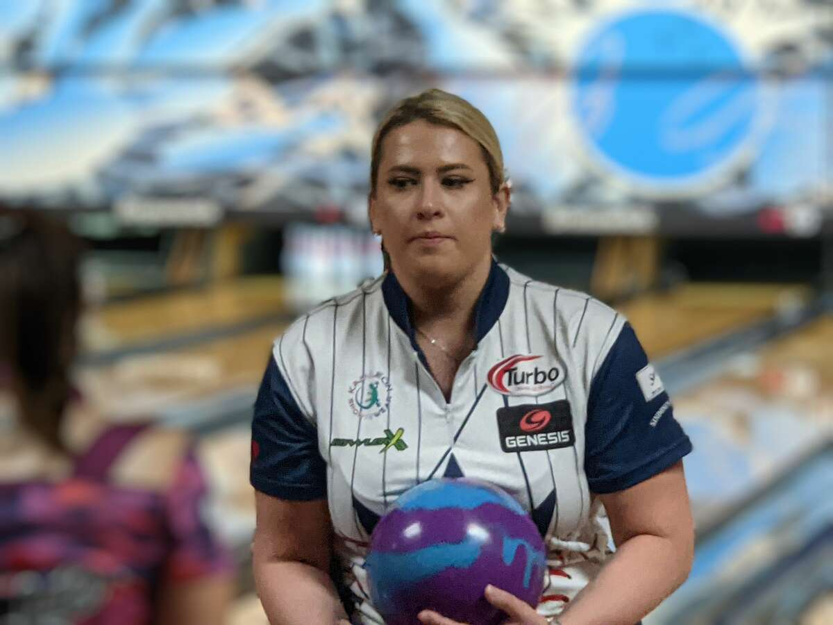 Liz Kuhlkin of Rotterdam at the PWBA's Albany Open at Kingpin's Alley in South Glens Falls.