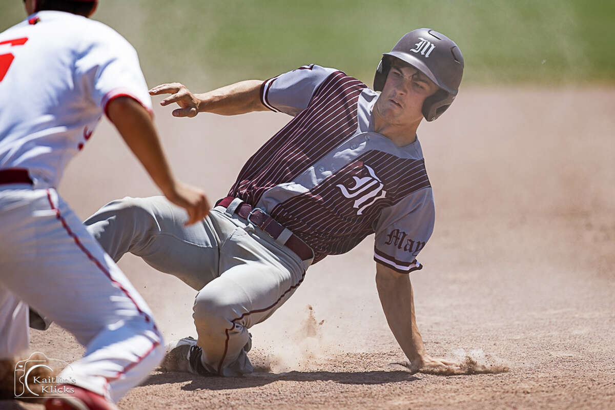 The Unionville-Sebewaing Area baseball team fell in the District 110 semifinals to Bay City All Saints, 6-5, in eight innings in Sebewaing on Friday.