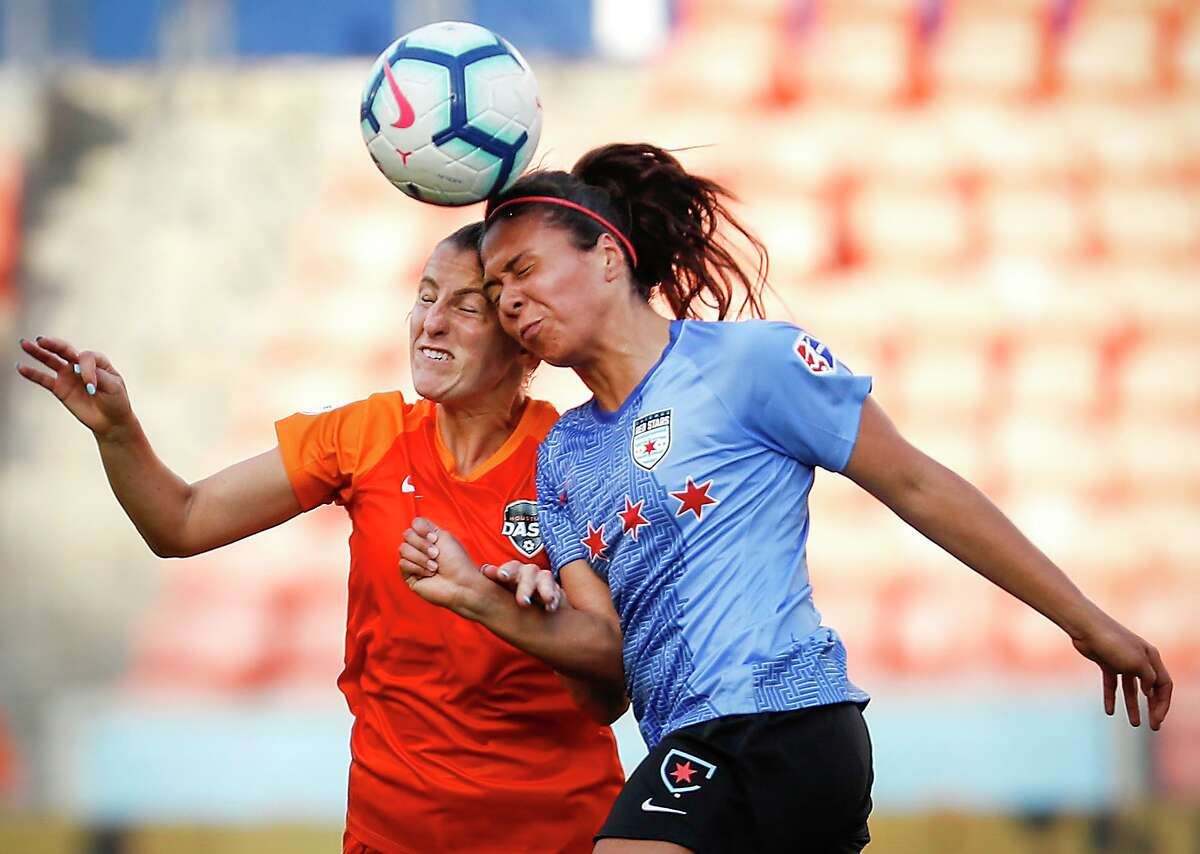 Mexican soccer star Maria Sanchez, right, played seven games for Chicago in 2019 and is giving the NWSL another shot with Houston.
