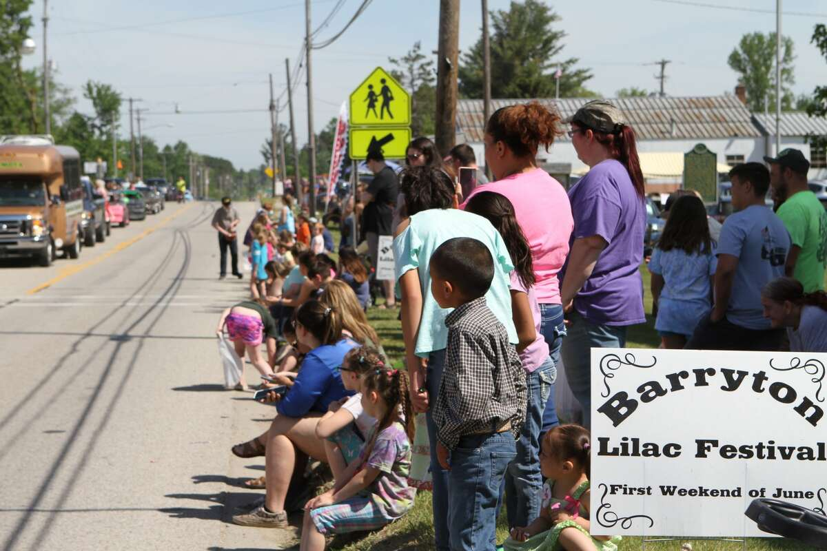 Community gathered the first week of June to celebrate the Lilac Festival!
