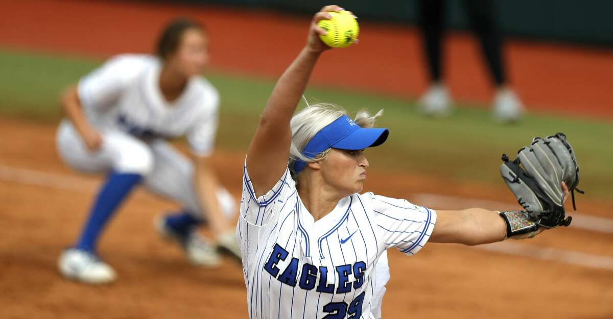 Barbers Hill starting pitcher Sophia Simpson (29) throws in the first inning of the Class 5A UIL state championship game at Red & Charline McCombs Field, Saturday, June 5, 2021, in Austin.