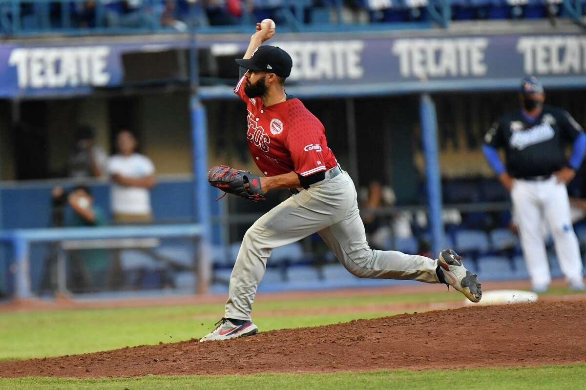 Josh Roeder and the Tecolotes fell to the Acereros de Monclova on Saturday.