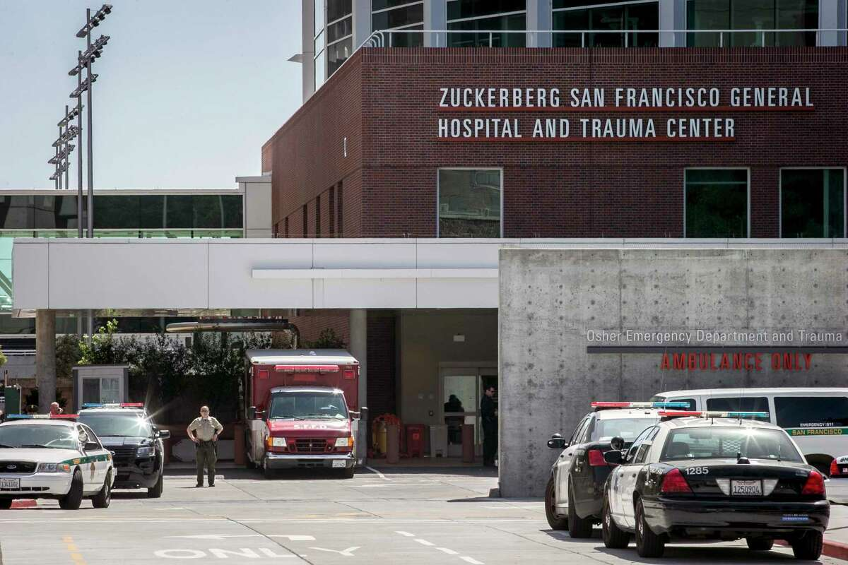 Employing sheriff's deputies to patrol San Francisco General Hospital can add to patient trauma, a chief resident says.