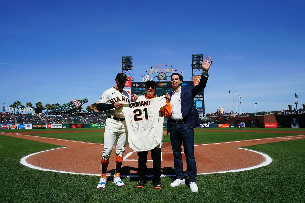 SAN FRANCISCO, CA - JUNE 05: Manager Gabe Kapler #19 of the San Francisco Giants presents Tom Ammiano with a jersey along with Billy Bean, before the game between the Chicago Cubs and the San Francisco Giants at Oracle Park on Saturday, June 5, 2021 in San Francisco, California. (Photo by Daniel Shirey/MLB Photos via Getty Images)