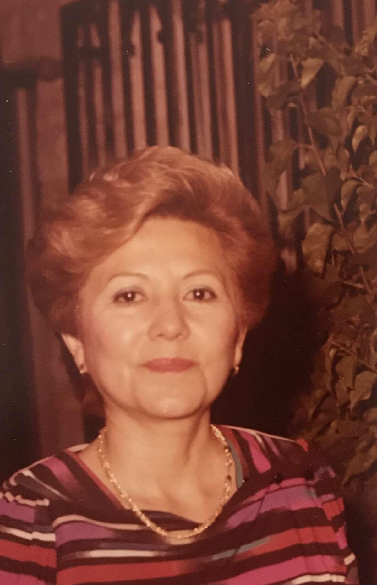 María E. Villarreal