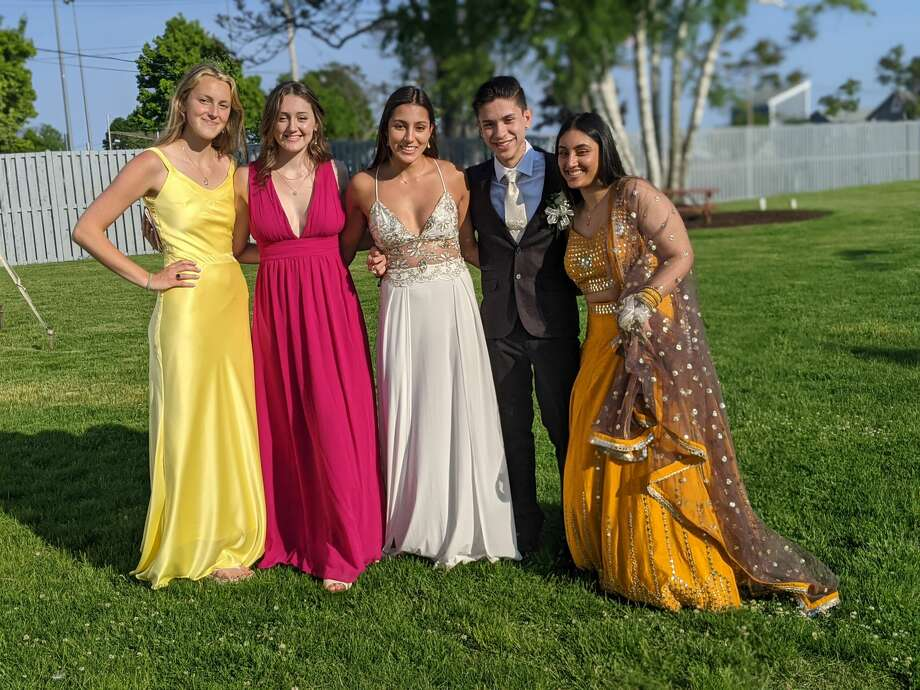 The Norwalk High School and P-TECH prom was held at the Longshore Pavilion at Norwalk Cove on May 21, 2021. Were you SEEN? Photo: Karen Amaker